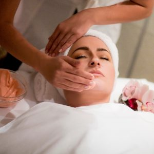 DEEP HYDRATING TREATMENT